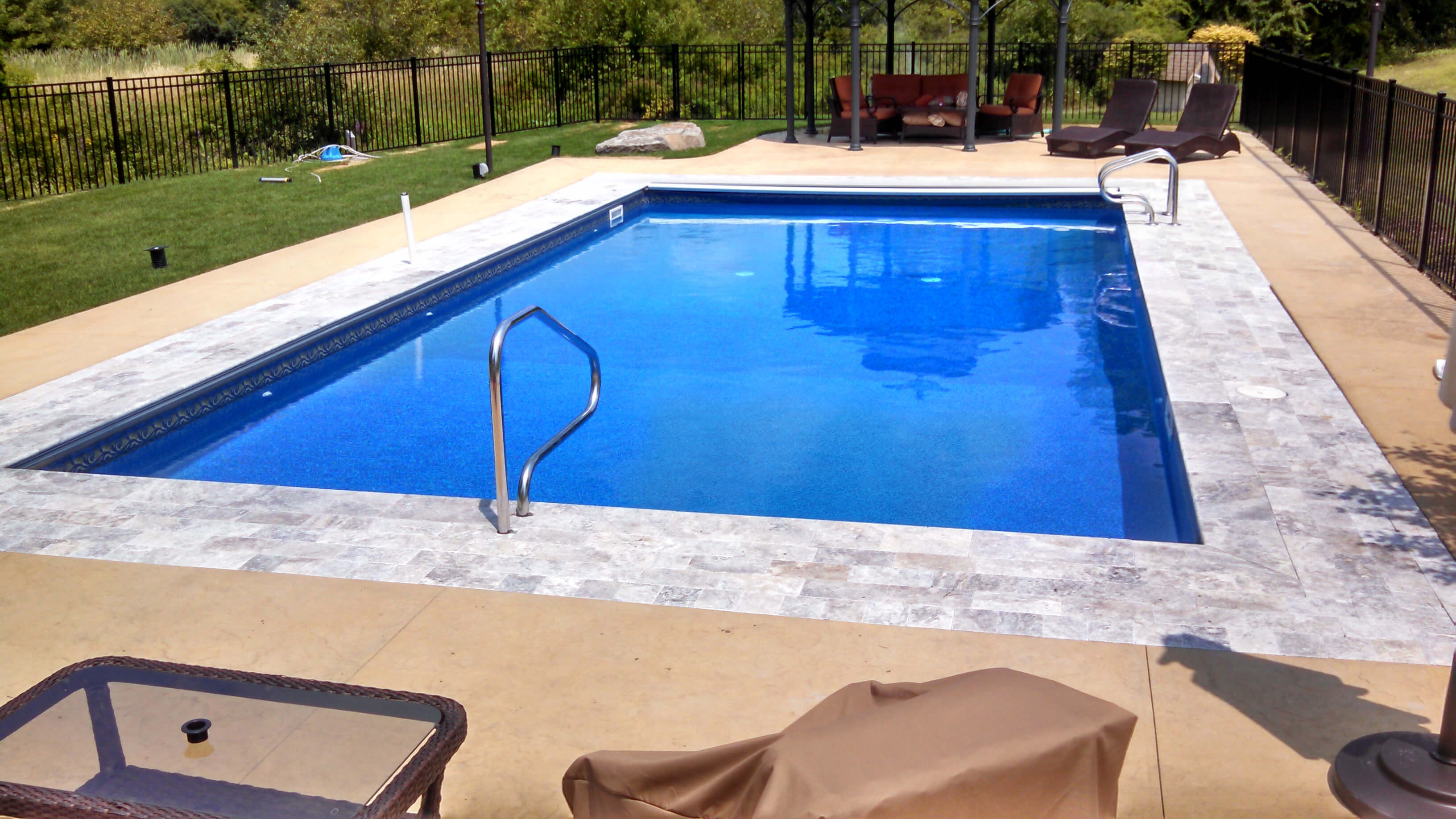 Nashua nh inground swimming pool matley swimming pools for Swimming pool in